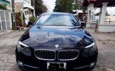 Mobil BMW 5 Series 523i 2012 dijual
