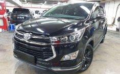 Toyota Venturer () 2017 kondisi terawat
