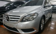 Jual Mercedes-Benz B-CLass B 200 2013 terbaik