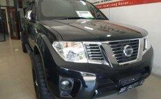 Jual Nissan Navara Sports Version 2014 mobil bekas murah