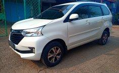 Jual mobil bekas murah Daihatsu Xenia R 2018