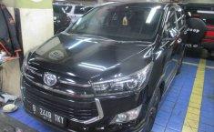 Jual cepat Toyota Innova Venturer 2017 murah