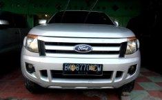 Jual mobil Ford Ranger Double Cabin 2014 bekas murah