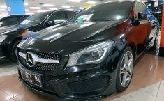 Dijual mobil Mercedes-Benz CLA 200 2015 terbaik
