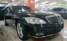 Dijual mobil Mercedes-Benz S-Class 300 Facelift 2010 terbaik