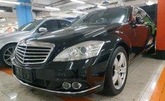 Jual mobil Mercedes-Benz S-Class S 300 Facelift 2010 terbaik