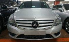 Jual mobil Mercedes-Benz B-CLass B 200 2013 bekas