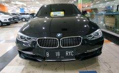 Jual mobil bekas BMW 3 Series 320i Luxury 2015 murah