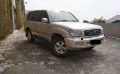 Toyota Land Cruiser 4WD 2002 harga murah