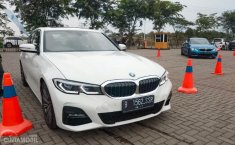 Review All-New BMW 330i M Sport 2019