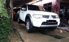 Mitsubishi Triton () 2014 kondisi terawat