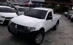 Mitsubishi Triton (HD-X) 2015 kondisi terawat