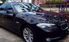 Jual mobil BMW 5 Series 523i 2010 bekas