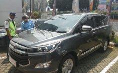 Jual Toyota Kijang Innova 2.4V 2019 terbaik