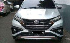 Jual model bekas murah Toyota Rush 2019