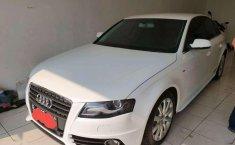 Jual model bekas murah Audi A4 S-Line 2012