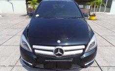 Mobil bekas Mercedes-Benz B-CLass dijual