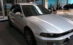 Mobil bekas Mitsubishi Galant V6-24 dijual
