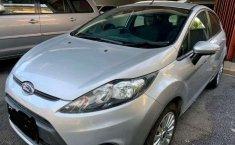 Jual mobil Ford Fiesta Trend 2013 dengan harga terjangkau