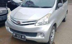 Jual model bekas murah Daihatsu Xenia X DELUXE 2013