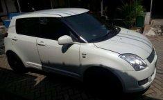 Suzuki Swift 2011 ST terbaik
