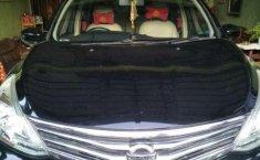 Mobil Nissan Grand Livina 2015 SV dijual