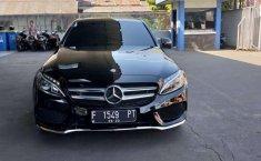 Jual model bekas murah Mercedes-Benz C-Class C200 2017
