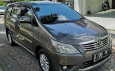 DI Yogyakarta, dijual mobil Toyota Kijang Innova V 2012