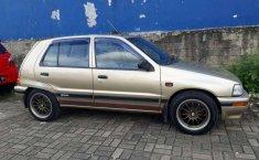 Jual cepat Daihatsu Charade G100 1998 di Banten