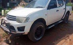 Mitsubishi Triton 2011 Jawa Barat dijual dengan harga termurah