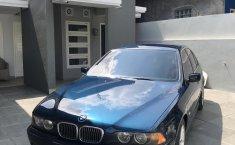 Jual cepat BMW 5 Series 530i 2001 di DIY Yogyakarta