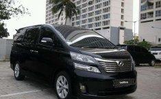 DKI Jakarta, Toyota Vellfire Z 2009 kondisi terawat