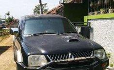 Mobil Mitsubishi L200 2006 Strada dijual, Jawa Barat