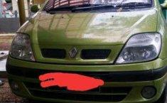Mobil Renault Scenic 2003 dTi terbaik di Jawa Barat