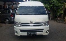 Jual mobil Hiace High Grade Commuter 2013 harga murah di Nusa Tenggara Barat
