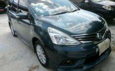 Jual mobil bekas murah Nissan Grand Livina Highway Star 2013 di Riau