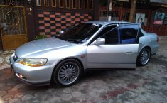 Dijual mobil bekas Honda Accord EXi 2003 , Banten
