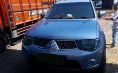 Jual Mitsubishi Triton 2011 harga murah di Jawa Timur