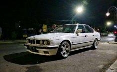 Jual cepat BMW 5 Series 520i 1991 di Jawa Tengah