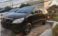 Mobil Toyota Kijang Innova 2014 J terbaik di Kalimantan Timur
