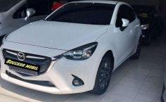 Mazda 2 2016 Jawa Timur dijual dengan harga termurah