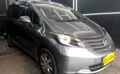 Mobil Honda Freed 1.5 SD AT 2009 terawat di DKI Jakarta