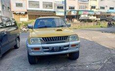Jual mobil bekas murah Mitsubishi L200 Strada 2000 di Pulau Riau