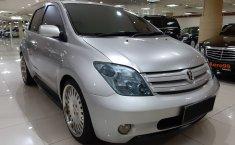 Jual mobil Toyota IST 1.5 Automatic 2004 bekas di DKI Jakarta