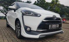 Jual cepat Toyota Sienta Q 1.5 AT 2017 di Banten