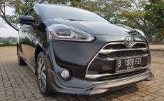 Jual mobil Toyota Sienta Q 2016 bekas di Banten