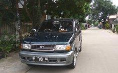 Jual mobil bekas Toyota Kijang Krista 1998 dengan harga murah di Jawa Barat