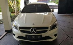 Jual mobil Mercedes-Benz CLA 200 2015 bekas, DKI Jakarta