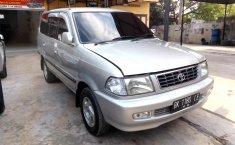 Jual mobil bekas Toyota Kijang LGX 2000 dengan harga murah di Sumatra Utara