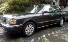 Jawa Timur, dijual mobil Toyota Crown Super Saloon 2000